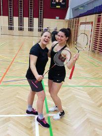 hlwhaag_badminton002